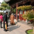 Шанхай. Сад радости, буддийский монах